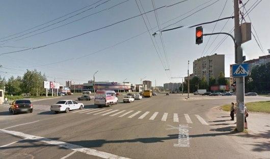 Камеры на перекрестке ижевских улиц Ленина и Молодежной начали фиксировать нарушения
