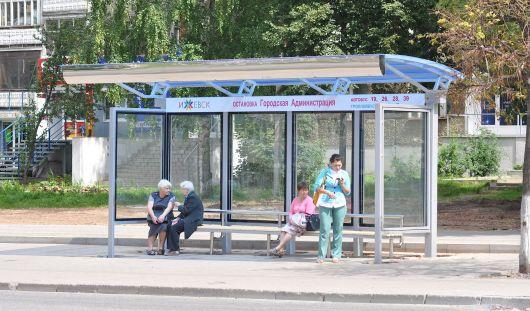 Власти Ижевска не могут установить остановочный комплекс на улице Майской