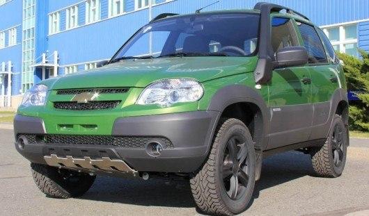 В России появилась специальная серия Chevrolet Niva в цвете «Тундра»
