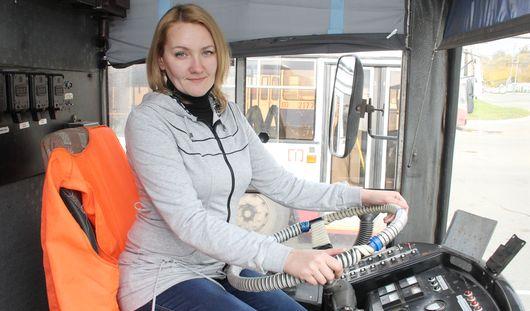 Лучшая водитель троллейбуса в России из Ижевска: муж нашаманил мне, что я стану первой