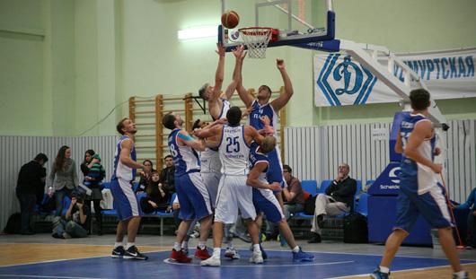 Баскетболисты Ижевска на старте турнира Суперлиги проиграли пермской «Парме»