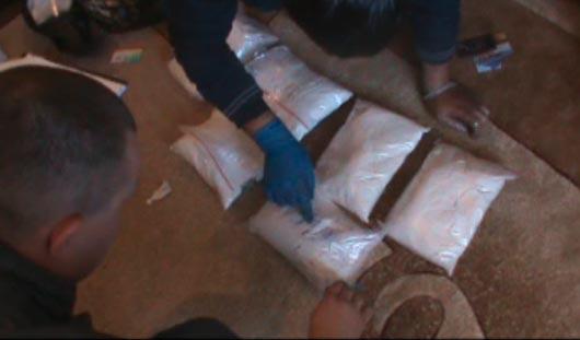 Полицейские Удмуртии «накрыли» банду торговцев синтетическими наркотиками