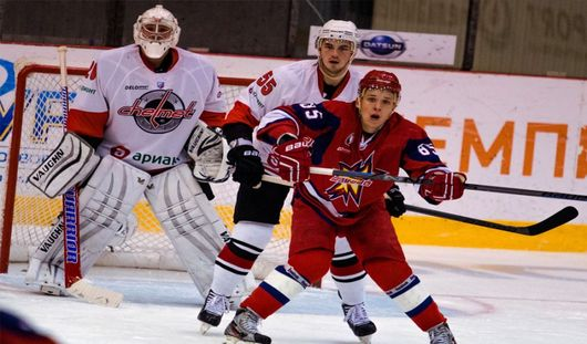Хоккеисты Ижевска вырвали победу у челябинской команды