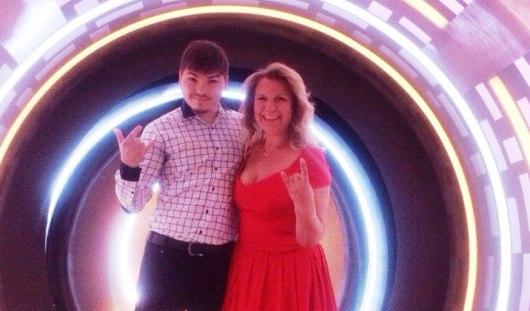 Песню ижевчанки в шоу «Хит» выбрали Потап и Настя