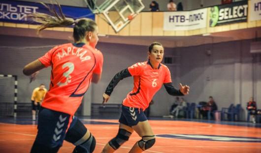 Ижевские гандболистки «дали бой» 5-кратным чемпионкам России
