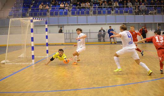 Мини-футбольный клуб Удмуртии дважды уступил соперникам из Норильска