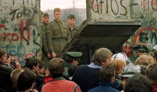Переводчик из Ижевска: «Мы все очень радовались, когда Берлинская стена пала»