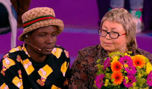 Черно-белая любовь: 45-летняя ижевчанка собирается замуж за 18-летнего нигерийца