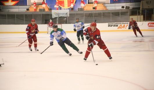 Хоккеисты «Ижстали» Эдуард Гиматов и Илья Неколенко уехали в «Северсталь»