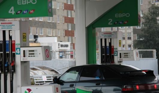 За осенний сезон бензин в Ижевске подорожал почти на рубль
