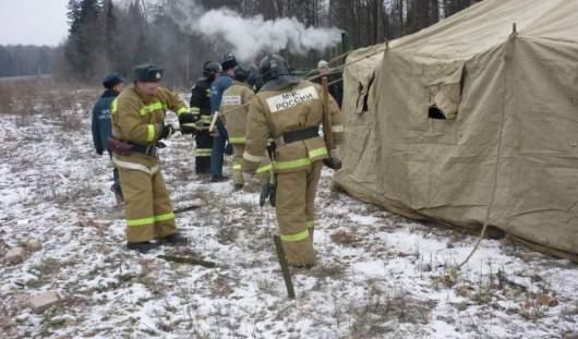 В Удмуртии пожарные провели тренировку по установке пункта обогрева