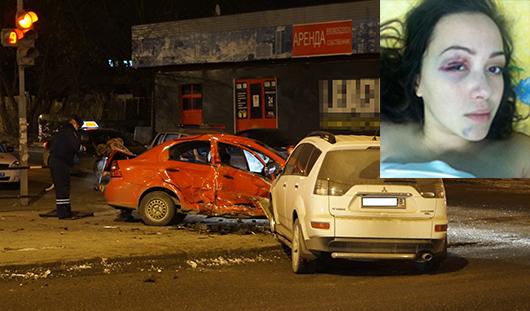 Ижевчанка, пострадавшая в аварии с такси: если бы пристегнулась, погибла бы