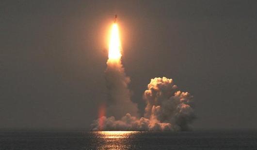 Запуск воткинской «Булавы» с подводного крейсера «Александр Невский» прошел успешно