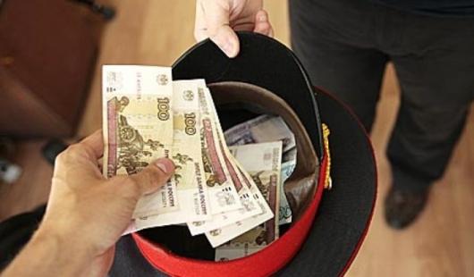 За освобождение от условного наказания ижевский полицейский требовал 250 тысяч рублей