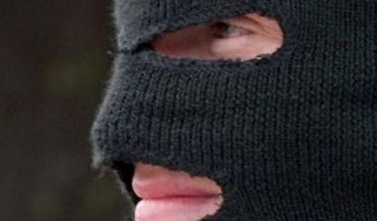 В Удмуртии преступники в масках ограбили магазин
