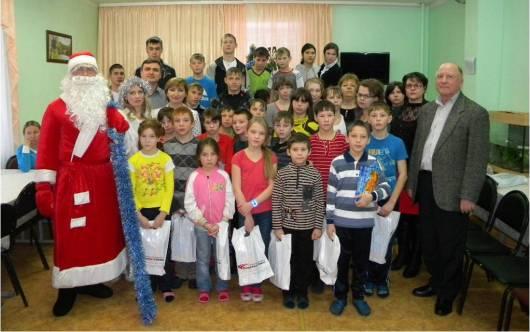 «Удмуртавтотранс» дарит подарки детям