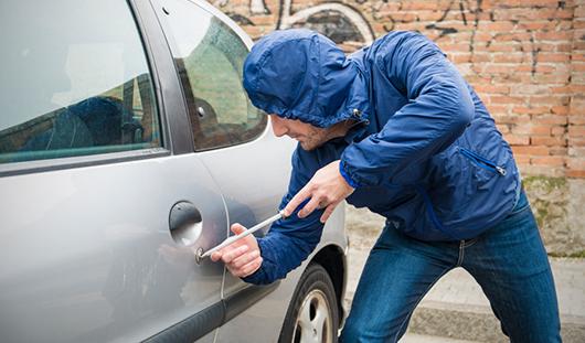 В Ижевске на один реальный звонок об угоне авто приходится около 10, когда преступления не было