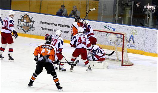 Четвертое поражение подряд потерпели ижевские хоккеисты