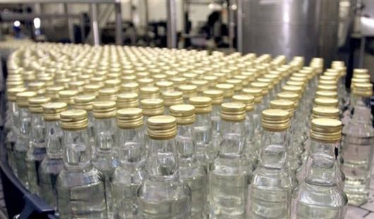 В России в 2015 году цена на водку понизится до 185 рублей