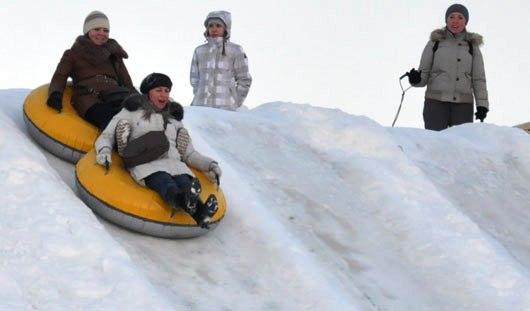 Лыжи, коньки и тюбинги: как активно отдохнуть в новогодние каникулы