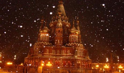 В Ижевске в рождественских богослужениях поучаствовало около 8 тысяч человек