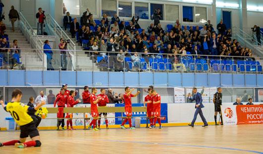 Второй матч подряд югорские футболисты выигрывают у глазовчан с разгромным счетом