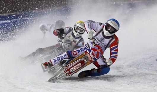 Спортсмены Удмуртии примут участие в Первенстве России по мотогонкам на льду среди юниоров