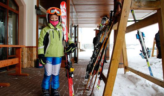 Трудности ижевских горнолыжников: 100 тысяч рублей за сезон и тяжелые ботинки