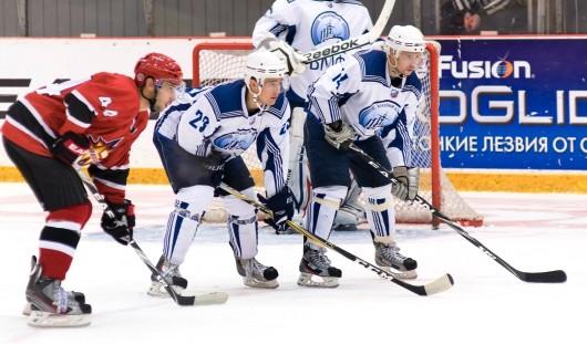Ижевские хоккеисты выиграли у волжских спортсменов со счетом 2:0