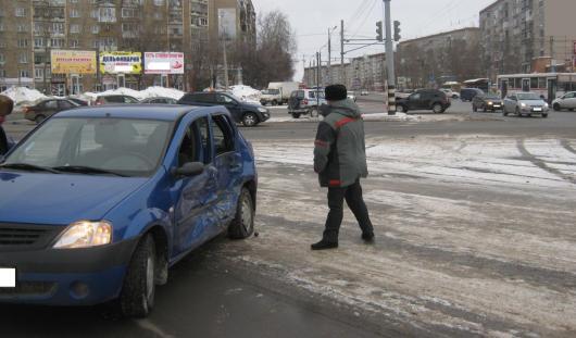 2 февраля на дорогах Удмуртии пострадали 3 человека