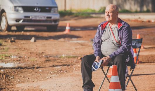 Ижевский тренер учил актеров сериала «Выстрел» стоять на лыжероллерах