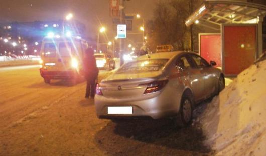 4 февраля на дорогах Удмуртии 3 человека попали под колеса автомобилей
