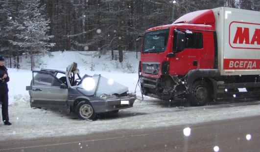 5 февраля на трассе в Удмуртии погибли  два человека