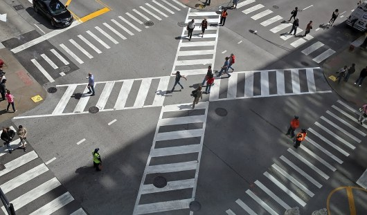 В России могут узаконить диагональные пешеходные переходы