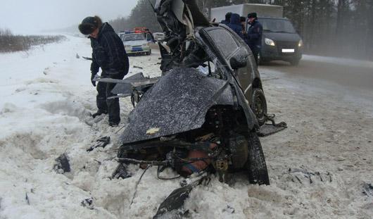 В Удмуртии в аварии погиб водитель малолитражки
