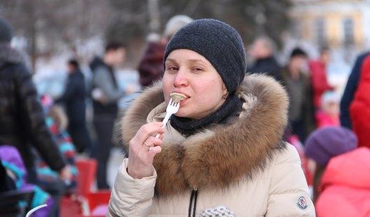 25 тысяч ижевчан съели 1,5 тонны пельменей на Всемирном дне пельменя