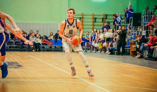 Баскетболисты Ижевска выиграли дома у гостей из Екатеринбурга