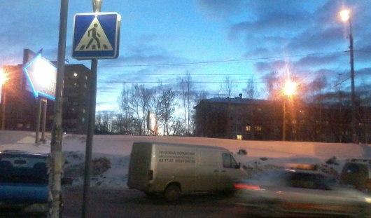 В Ижевске около ТЦ «Аврора Парк» сделали пешеходные переходы
