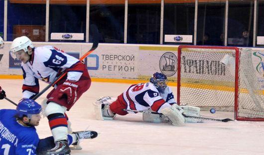 Тверские хоккеисты разгромили «Ижсталь» со счетом 7:2