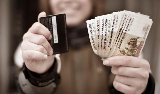 В России могут обязать работодателей повышать зарплаты раз в год