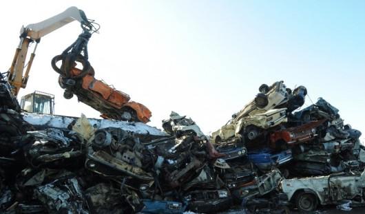 На программу утилизации автомобилей в 2015 году в России собираются выделить 15 миллиардов рублей