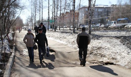 В Ижевске восстанавливать территорию после ремонта на теплосетях начнут в середине апреля