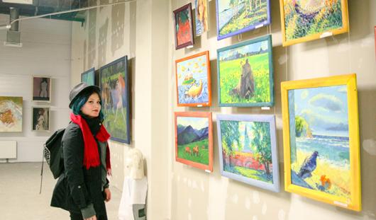 Самая популярная выставка в Ижевске: 2 недели на организацию, бесплатный вход и более 200 картин