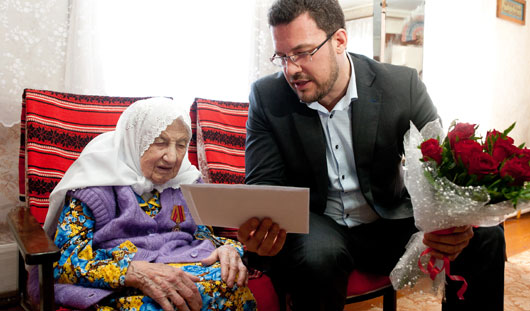 Медсестра, кондитер и один из первых фотографов города: необычная история 105-летней ижевчанки