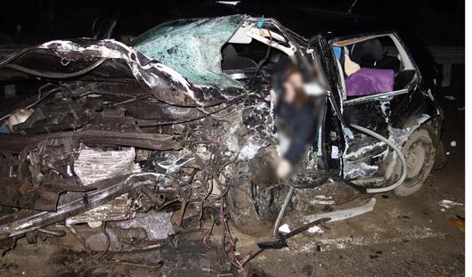 Водитель «Ягуара», в аварии с которым погибли женщина и ее 3-летний сын, умер в реанимации