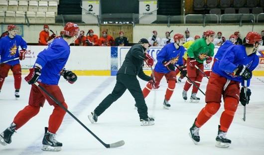 Главный тренер ХК «Ижсталь»: В хоккее выживают сильнейшие