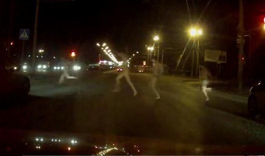 Ижевчане бегали по городским улицам голыми