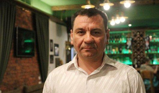 Полицейский из Сарапула Сергей Ижболдин: Песни Победы - дань памяти моему деду