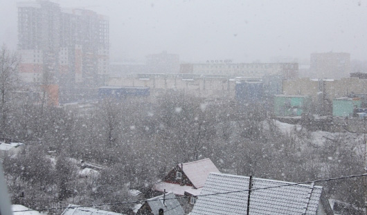 Апрельский снегопад в объективе ижевчан