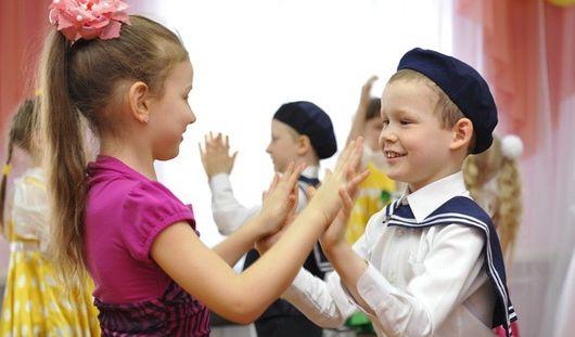 Нужно ли ижевским родителям до 15 апреля подтвердить свою заявку на получение путевки в садик?